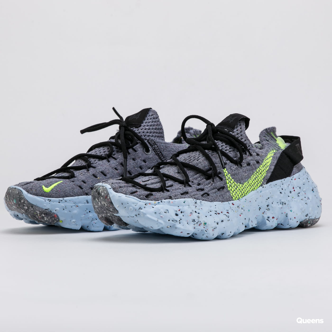 nike space hippie